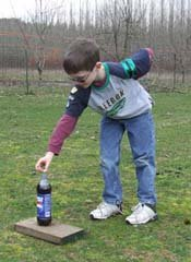 Science Experiment, Mentos Experiment, Photo by Myrna Martin